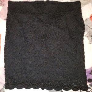 Torrid black lace pencil skirt sz 1